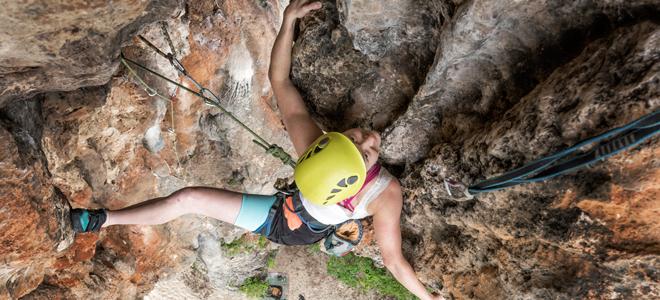 Rock-Climbing-Holidays-Rock-Climbing-Courses-Thailand-Lao-Liang-THI7619-slider