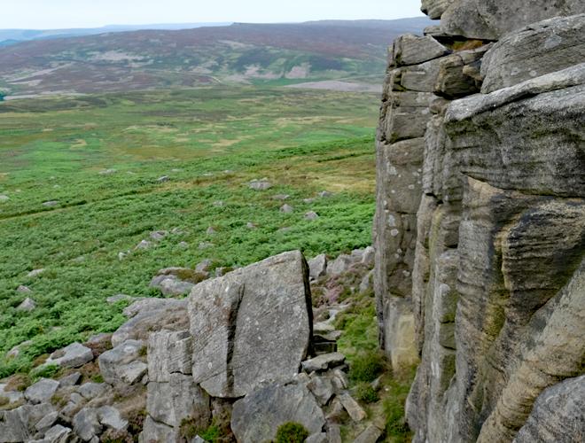 Rock-and-Sun-Peak-District-Trad-Climbing-2